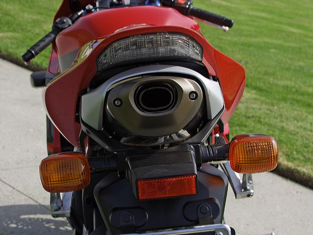 Stock Aftermarket Exhaust Question Cbr Forum Enthusiast Forums